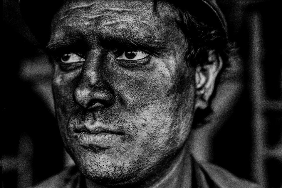carvão de aço